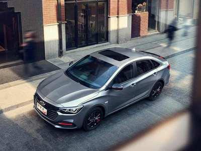雪佛兰的新Niva SUV概念走出阴影